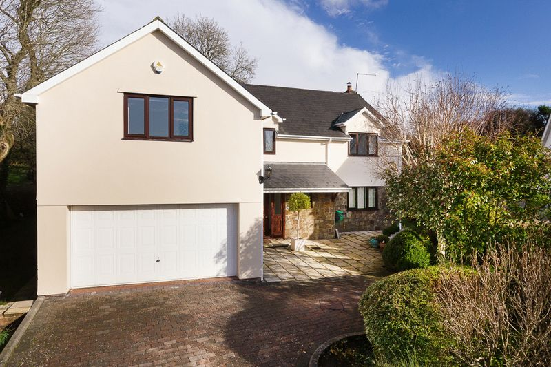 5 Bedrooms Detached House for sale in 10 The Paddock, Cowbridge, Vale of Glamorgan