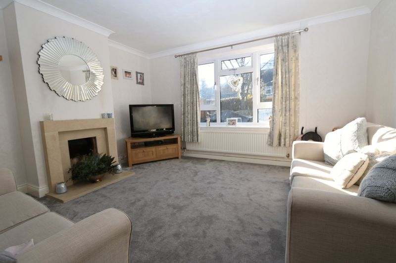 3 Bedrooms Semi Detached House for sale in Templewood, High Wycombe