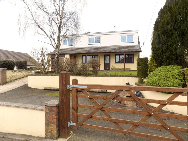 5 Bedrooms Detached House for sale in Gellifedi Road, Pontyclun