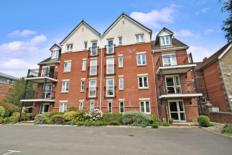 2 Bedrooms Retirement Property for sale in Fairholme Court, Eastleigh, SO50 9PP