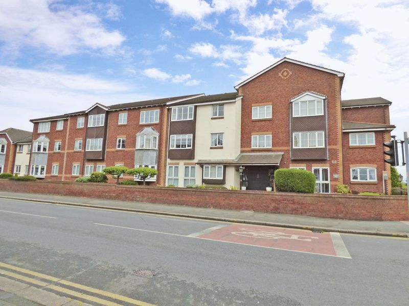 1 Bedroom Retirement Property for sale in Grizedale Court, Blackpool, FY3 9AP