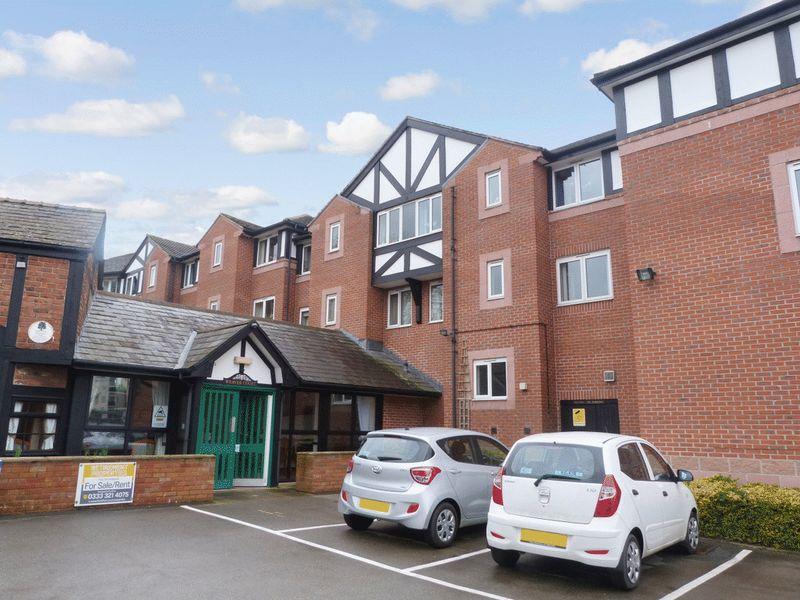 1 Bedroom Retirement Property for sale in Weaver Court, Northwich, CW9 5EU
