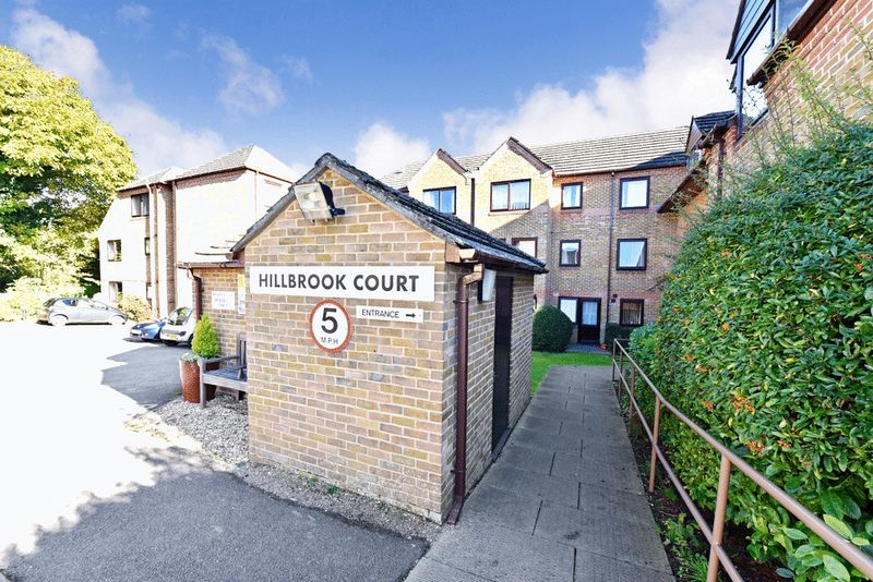 1 Bedroom Retirement Property for sale in Hillbrook Court, Sherborne, DT9 3NZ