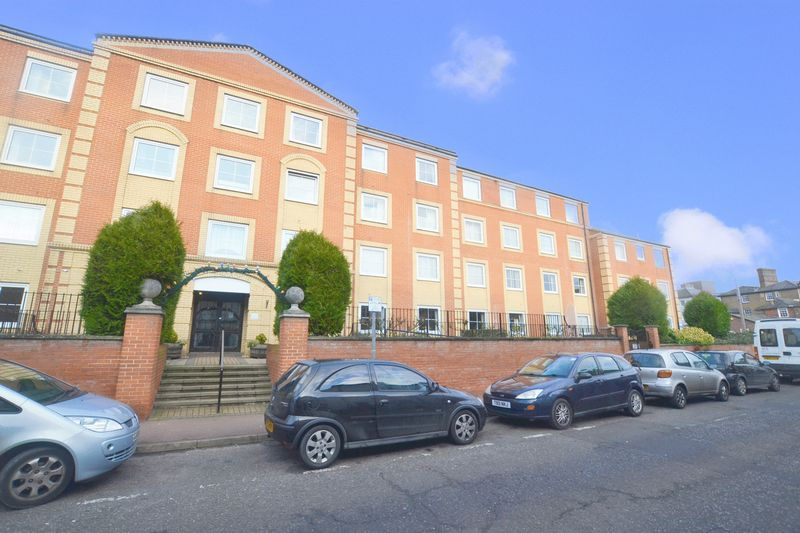 Hengist Court, Maidstone, ME14 1BT