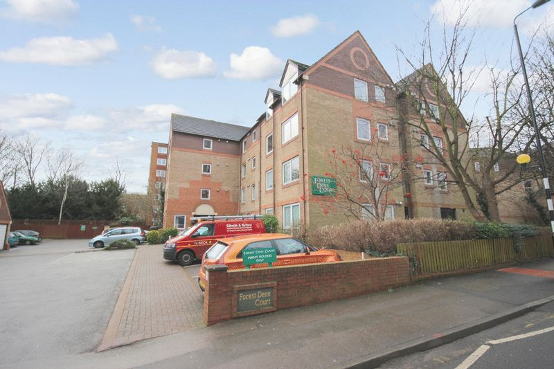 1 Bedroom Retirement Property for sale in Forest Dene Court, Sutton, SM2 5LP