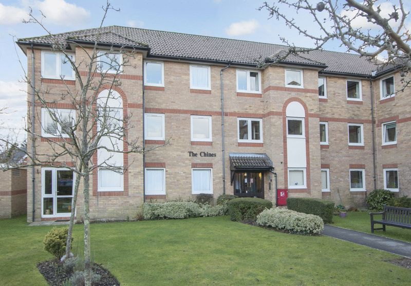 2 Bedrooms Retirement Property for sale in The Chines, Bournemouth, BH4 8DN