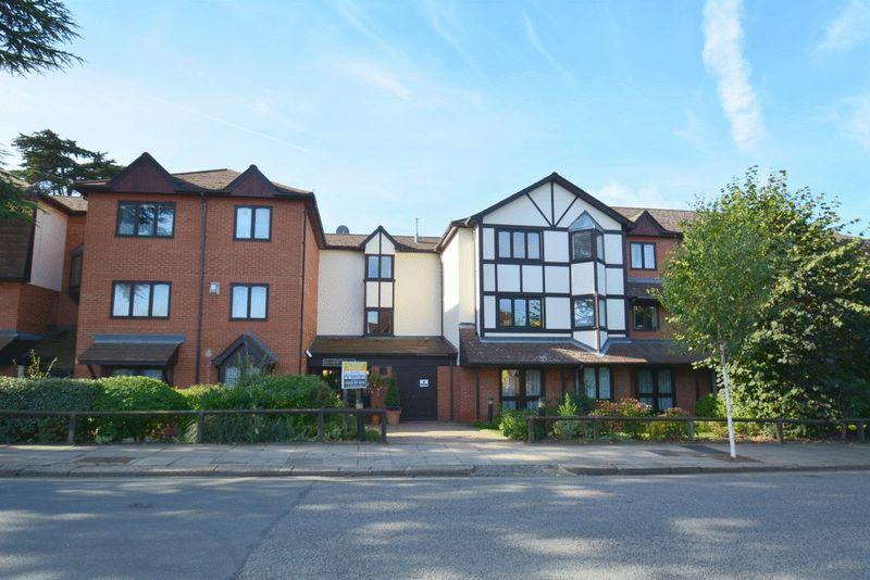1 Bedroom Retirement Property for sale in Hanbury Court, Harrow, HA1 2LR