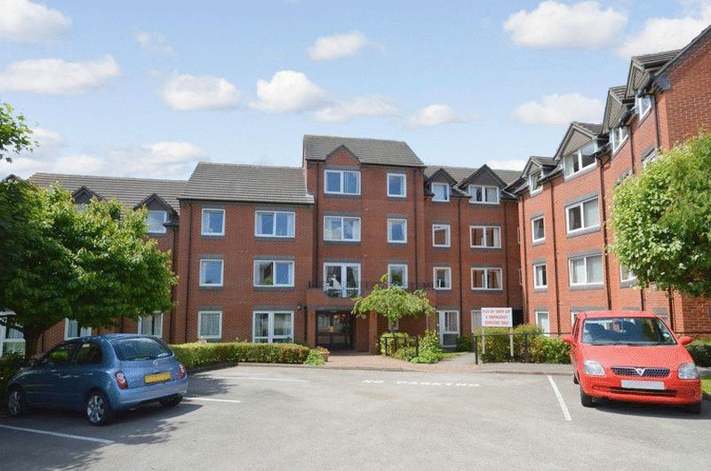 1 Bedroom Retirement Property for sale in Lyttleton House, Halesowen, B63 4NX