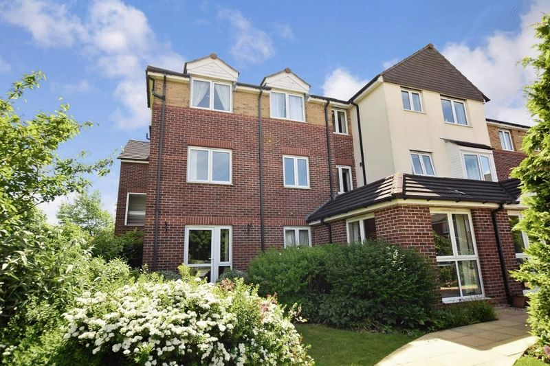 1 Bedroom Property for sale in Cathedral View Court, Lincoln, LN2 2GF