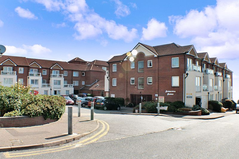 1 Bedroom Property for sale in Homecove House, Westcliff-on-Sea, SS0 7TE