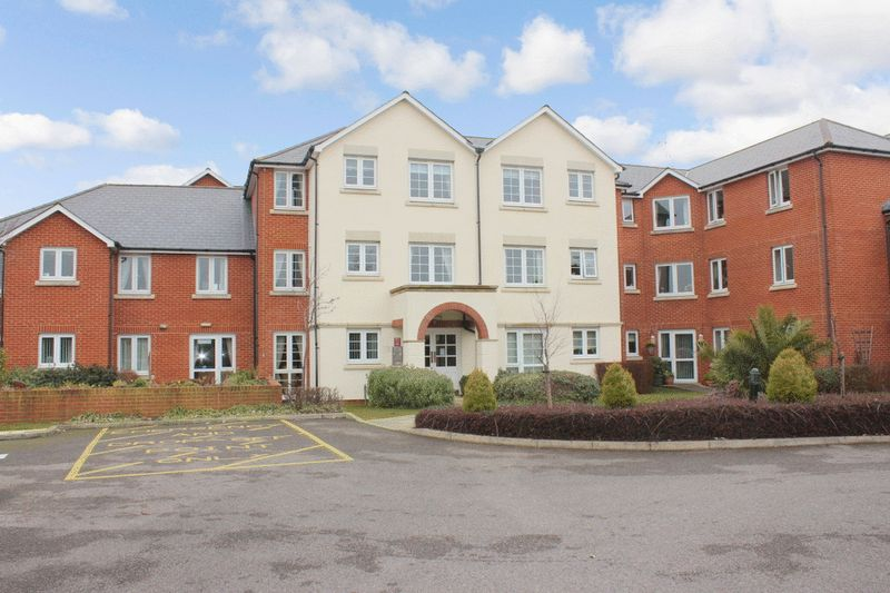 1 Bedroom Property for sale in Highfield Court, Worthing, BN14 8PE
