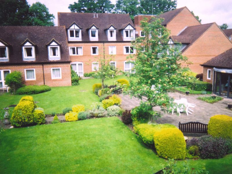 1 Bedroom Property for sale in McKernan Court, Sandhurst, GU47 8HH