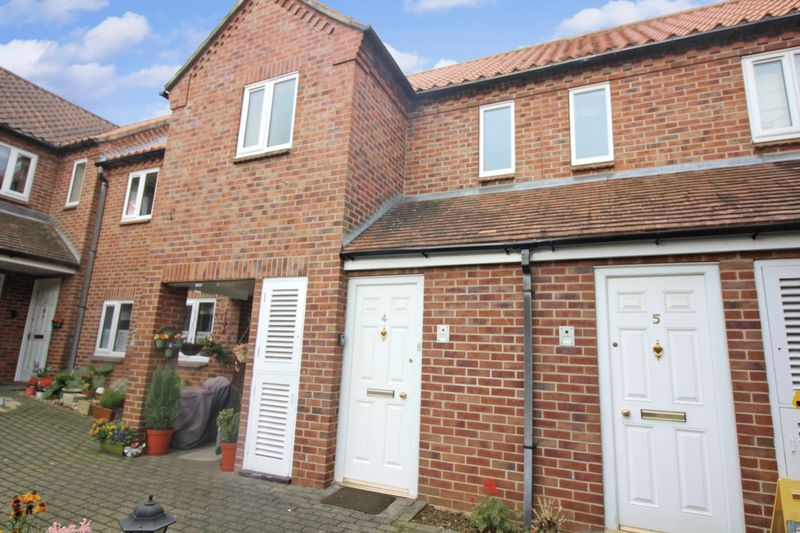 2 Bedrooms Property for sale in ? Premier Court, Grantham