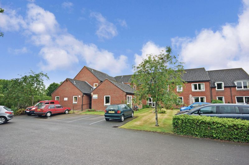 1 Bedroom Property for sale in Homebridge House, Fordingbridge, SP6 1JJ