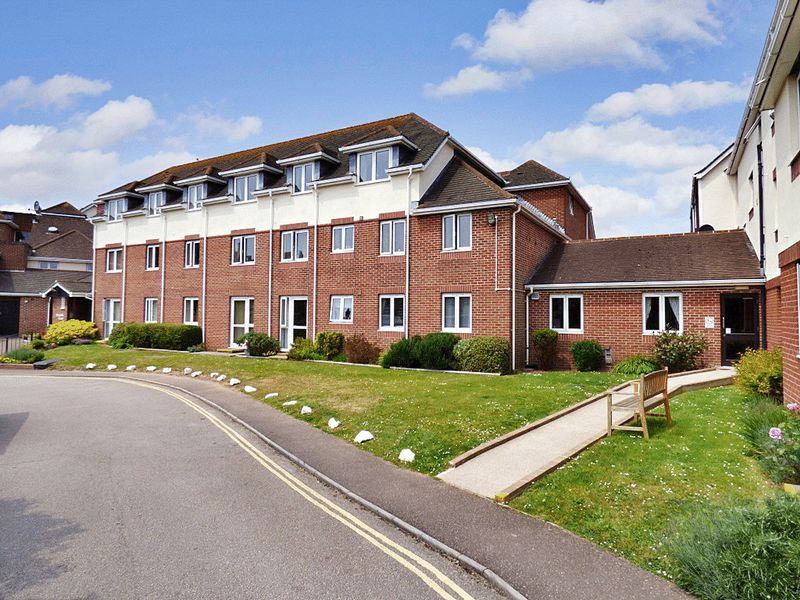 1 Bedroom Property for sale in Orcombe Court, Exmouth, EX8 2ET
