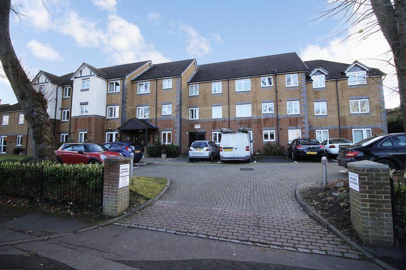 1 Bedroom Property for sale in Bentley Court (Camberley), Camberley, GU15 2EH