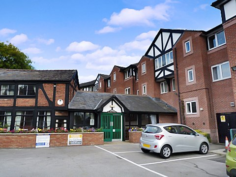 1 Bedroom Property for sale in Weaver Court, Northwich, CW9 5EU