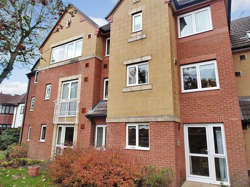 1 Bedroom Property for sale in Sorrento Court, Birmingham, B13 9HB