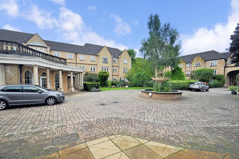 1 Bedroom Property for sale in Pegasus Grange , The Cloisters. Goring Lodge, Oxford, OX1 4QQ
