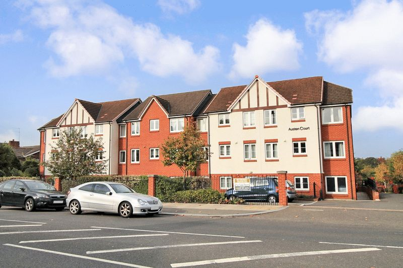 1 Bedroom Property for sale in Austen Court, Southgate, N21 1QN