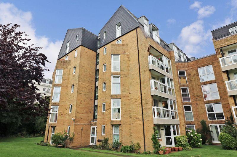 1 Bedroom Property for sale in Homepine House, Folkestone, CT20 2XD