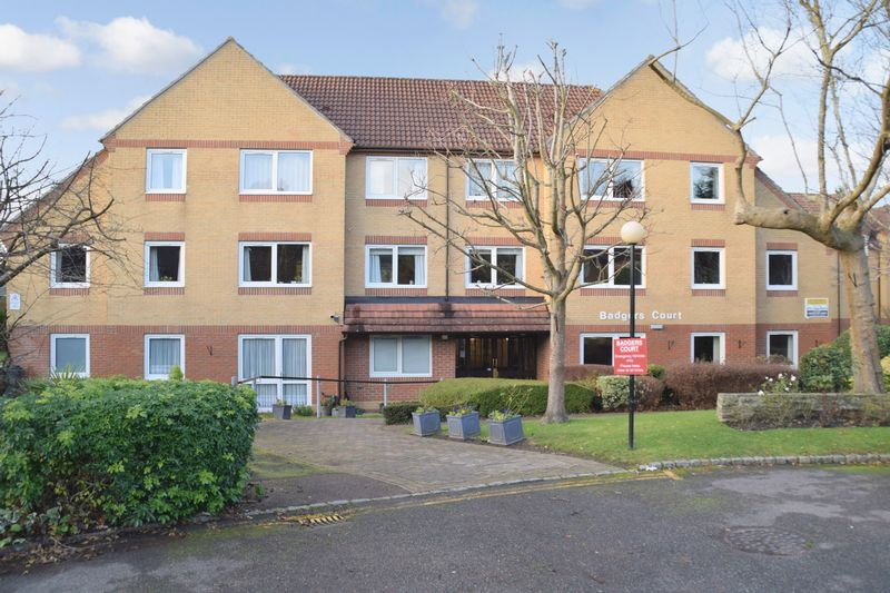 1 Bedroom Property for sale in Badgers Court, Epsom, KT17 4JW