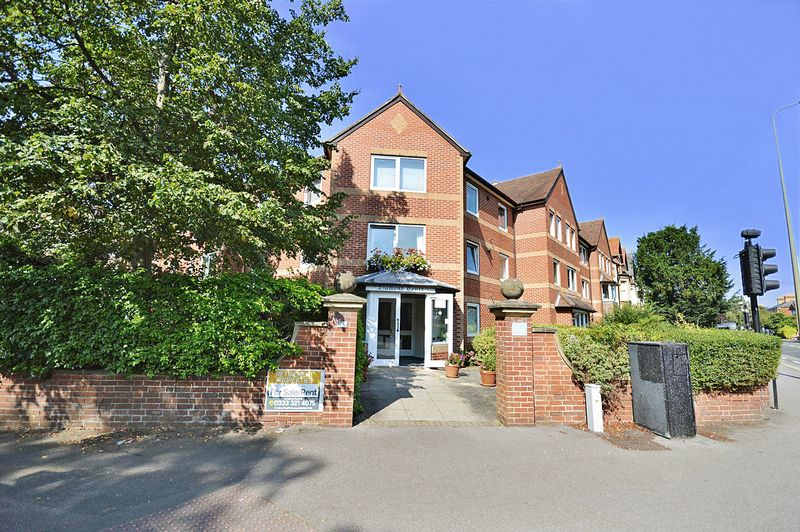 1 Bedroom Property for sale in Diamond Court, Oxford, OX2 7AA