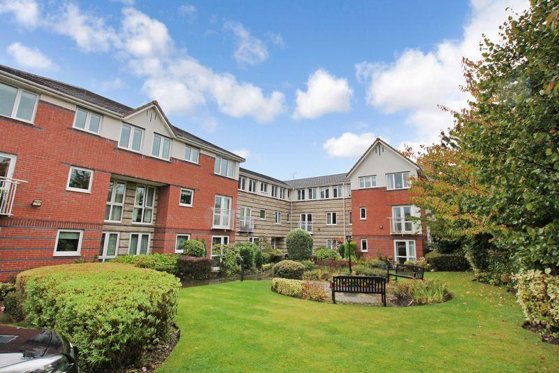 1 Bedroom Property for sale in St Edmunds Court, Leeds, LS8 1EZ