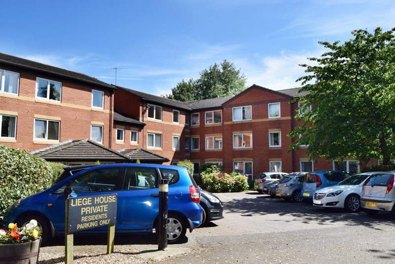 1 Bedroom Property for sale in Liege House, Upton, CH49 4PP