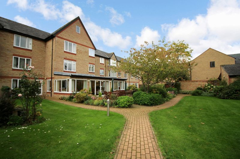 1 Bedroom Property for sale in Old Market Court, St. Neots, PE19 1DJ