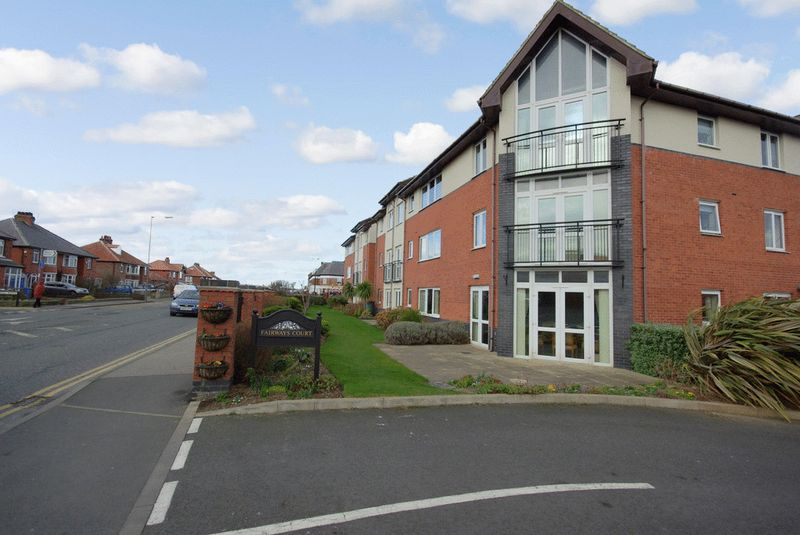 1 Bedroom Property for sale in Fairways Court, Whitby, YO21 3JY
