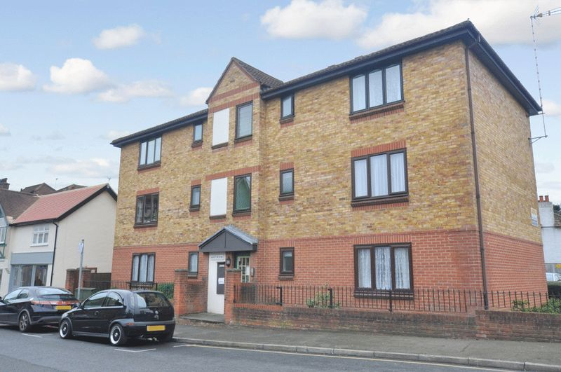 1 Bedroom Property for sale in Hart House, Orpington, BR6 0HD