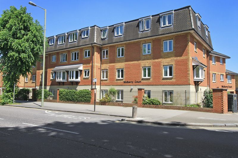 2 Bedrooms Property for sale in Mulberry Court, Finchley, N2 9DZ