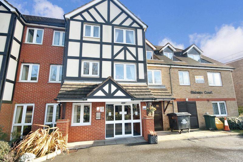 1 Bedroom Property for sale in Bishops Court (Wembley), Wembley, HA0 3FE