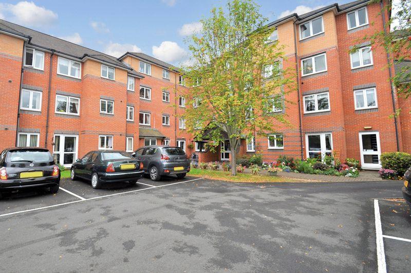 1 Bedroom Property for sale in Spencer Court, Banbury, OX16 5EZ
