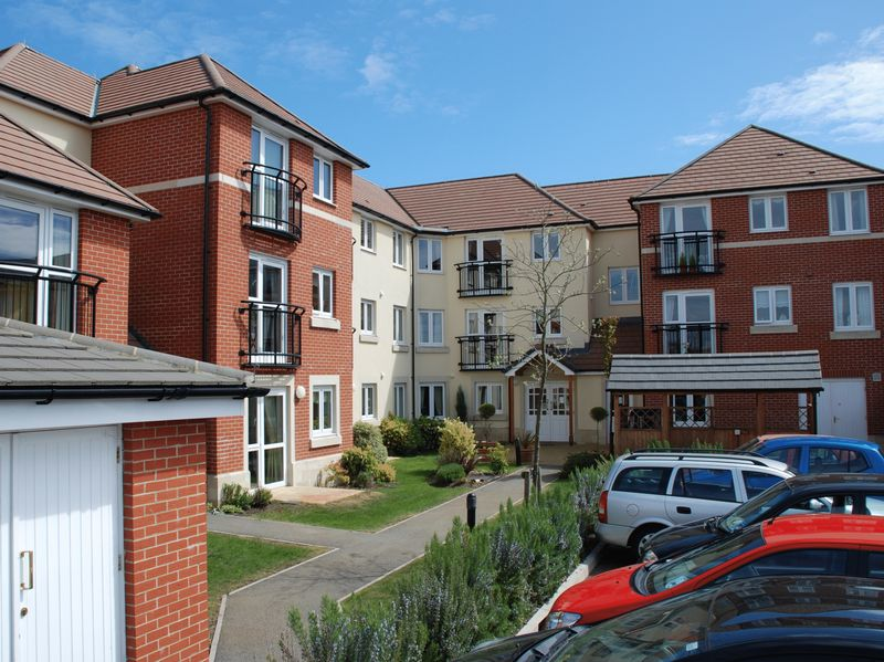 1 Bedroom Property for sale in Seward Court, Highcliffe, BH23 5HD