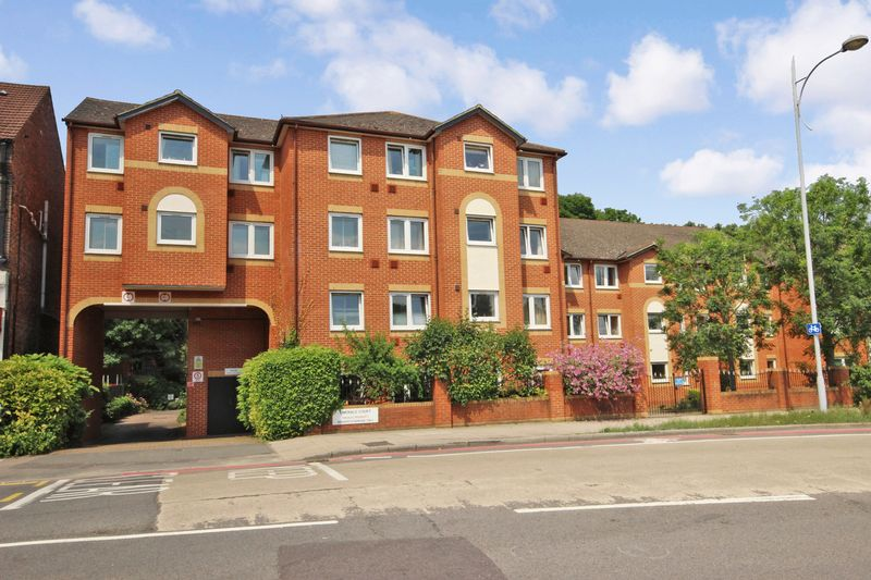 1 Bedroom Property for sale in Emerald Court, Coulsdon, CR5 2BB