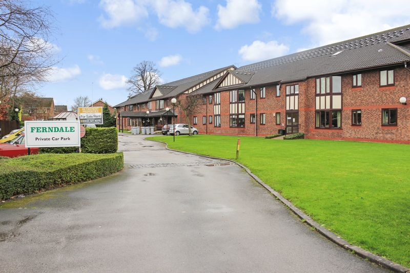 2 Bedrooms Property for sale in Ferndale, Handforth, SK9 3AB