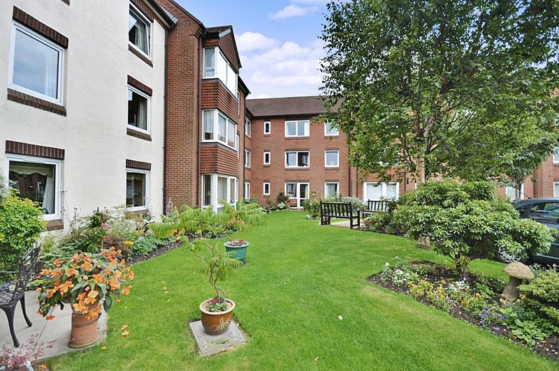 1 Bedroom Property for sale in Homebell House, Aldridge, WS9 8QB