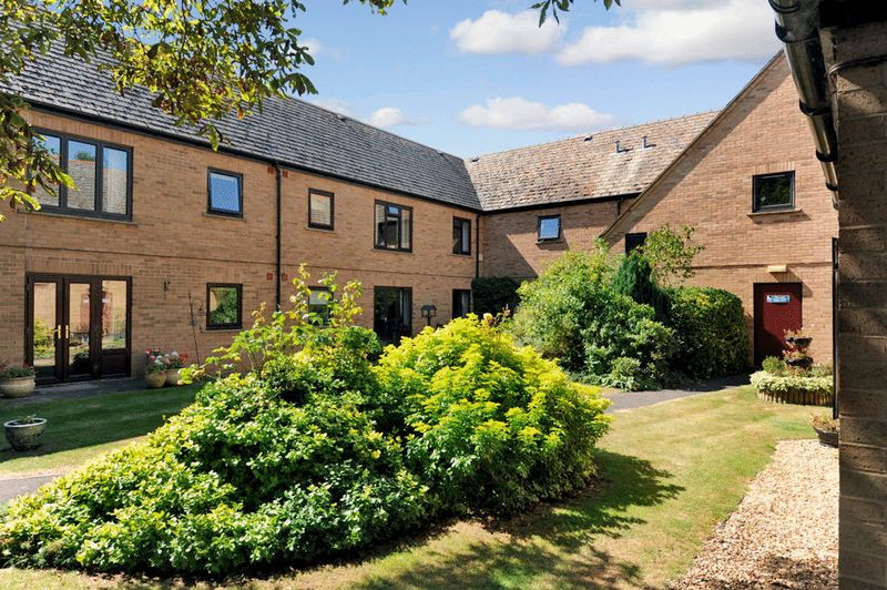 1 Bedroom Property for sale in Windmill Grange, Cambridge, CB24 9JF