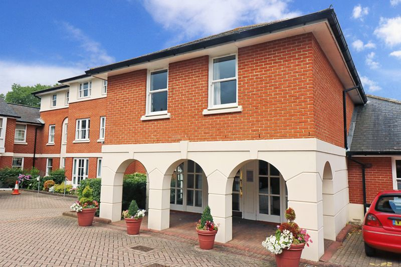 1 Bedroom Property for sale in Mulberry Court, Canterbury, CT1 2NT