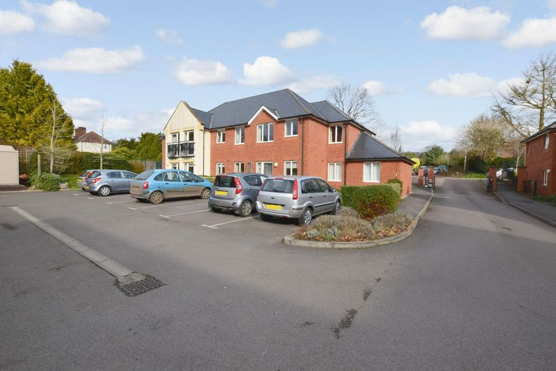 1 Bedroom Property for sale in Mondyes Court, Wells, BA5 2QX