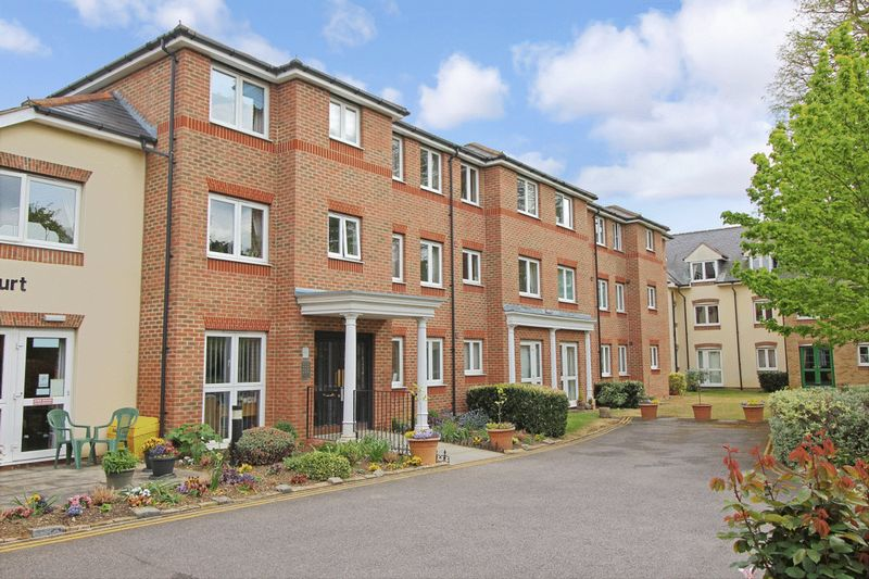 1 Bedroom Property for sale in Spalding Court, Chelmsford, CM1 2UZ
