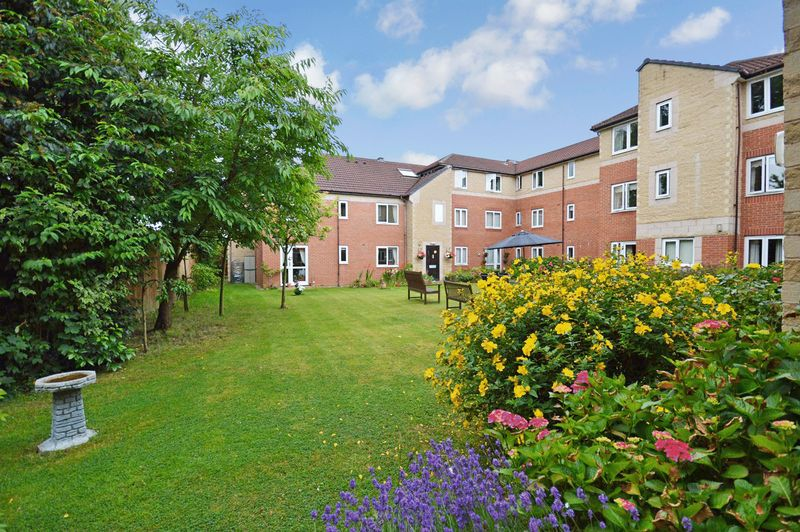 1 Bedroom Property for sale in Barons Court, Solihull, B92 8LL