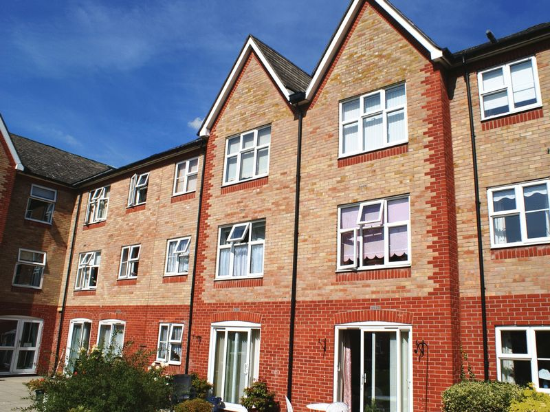 1 Bedroom Property for sale in MacMillan Court, Chelmsford, CM2 0XE