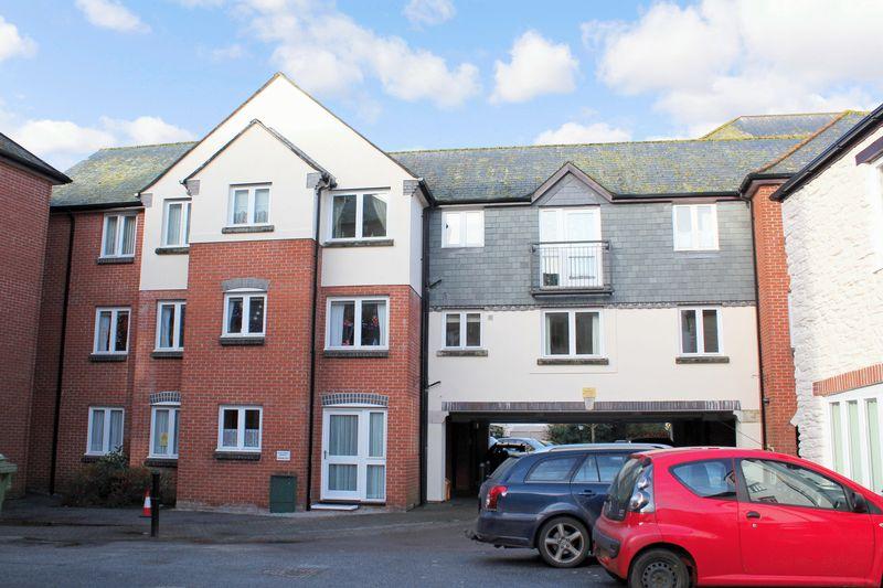 1 Bedroom Property for sale in Lowen Court, Truro, TR1 2GA