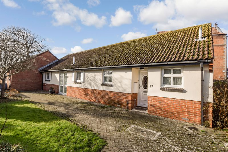 1 Bedroom Property for sale in Monks Way, Burnham-on-Sea, TA8 1QP