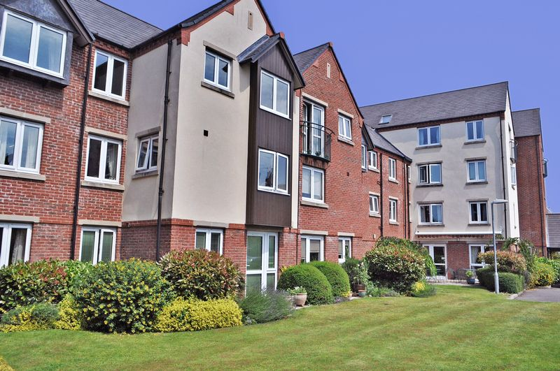 2 Bedrooms Property for sale in Moores Court, Sleaford, NG34 7UL