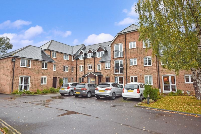 1 Bedroom Property for sale in Avongrove Court, Taunton, TA1 1TL