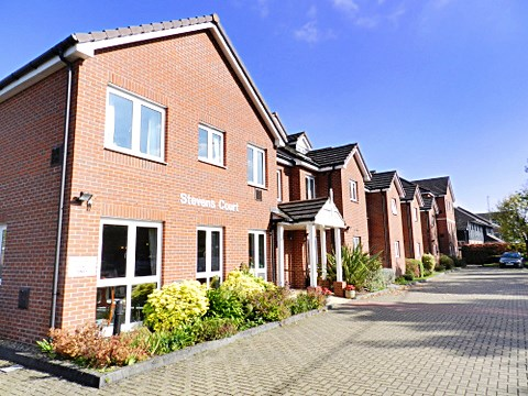 1 Bedroom Property for sale in Stevens Court, Wokingham, RG41 5GU
